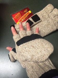 There is even a pocket for the hand warmer to keep my fingers toasty!